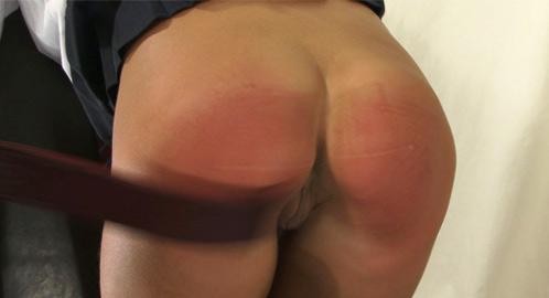 SlutSpanking – KATIE MASTURBATES