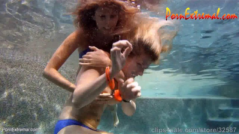 UnderWater Serie – Nikki Brooks in Never Trust a Roommate