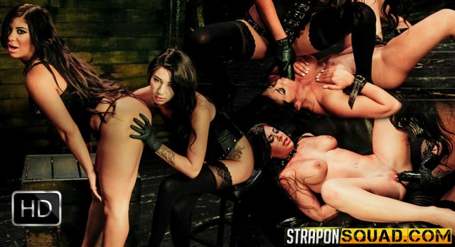 StrapOnSquad [FetishNetwork] – Obedient Sex Slave Alexa Pierce Worships Mistress Esmi Lee