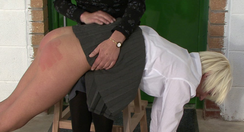 SlutSpanking – INTERVIEW WITH KATIE