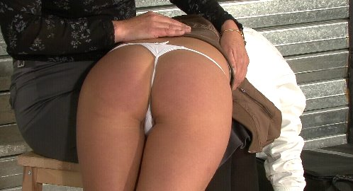 SlutSpanking – SPANKED ON ARRIVAL