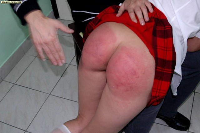 Spanked-Cutie – ENGLISH LESSON