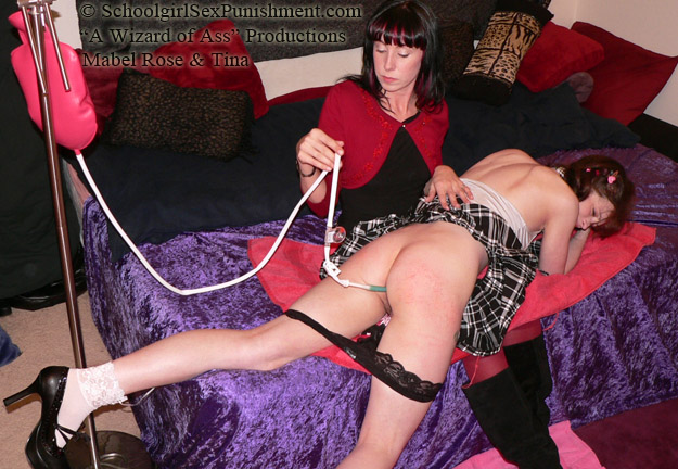 SchoolGirlSexPunishment – Schoolgirl & Mom